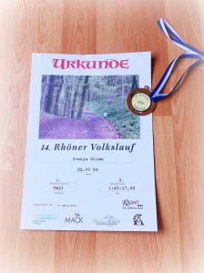 Rhöner Volkslauf 2016: Urkunde und Medaille