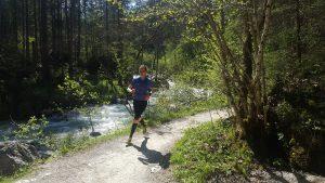 Laufen durch den Zauberwald