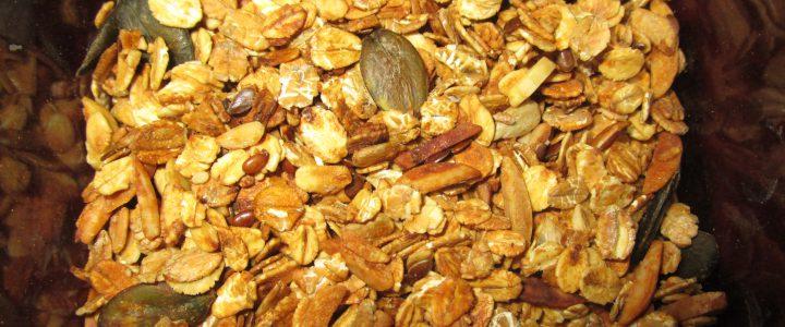 Knuspriges Crunch-Müsli zum Selbermachen