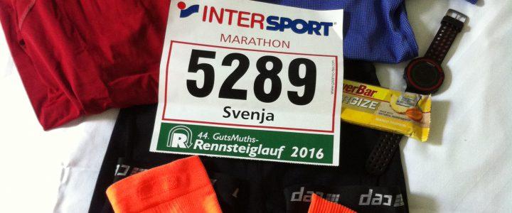 Alles liegt bereit für den Marathonstart am nächsten Morgen