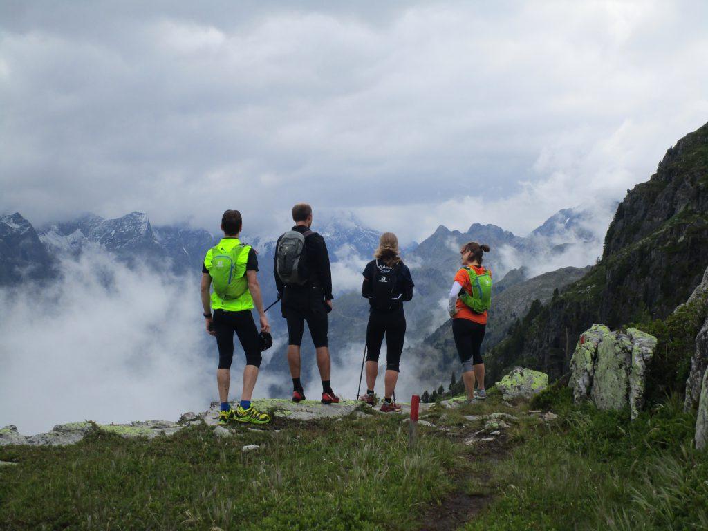 Trailrunning über dem nebelverhangenen Pitztal