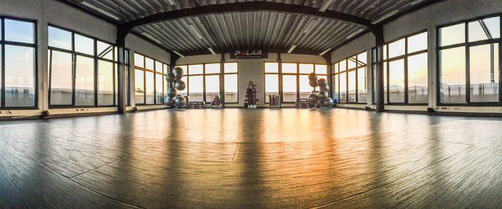 Fitnessstudio-Kursraum