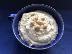 Selbstgemachter Hummus