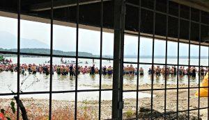 Chiemsee-Triathlon: Schwimmstart