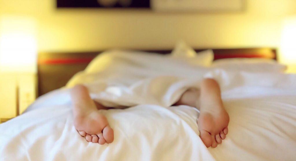 Schlafend im Bett