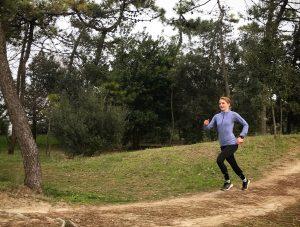 Dauerlauf im Pinienwald