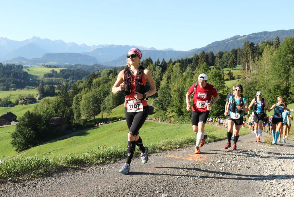 Erster Anstieg beim Allgäu Panorama Marathon