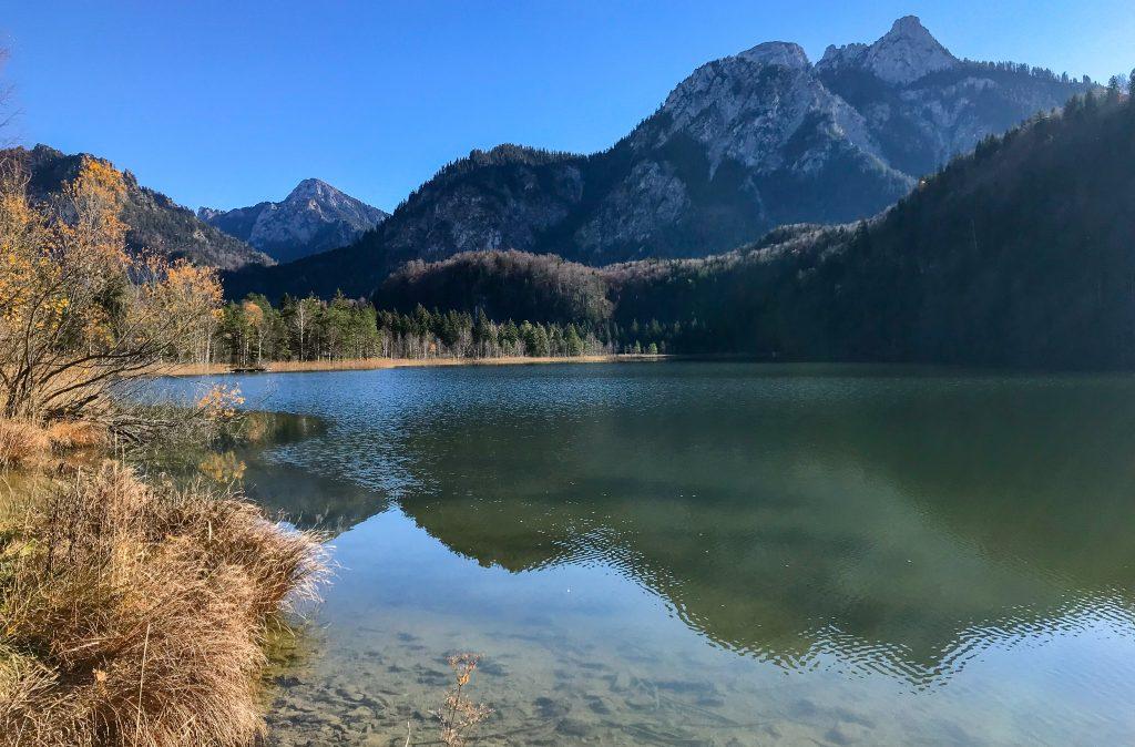 Kini Trail entlang des Schwansees