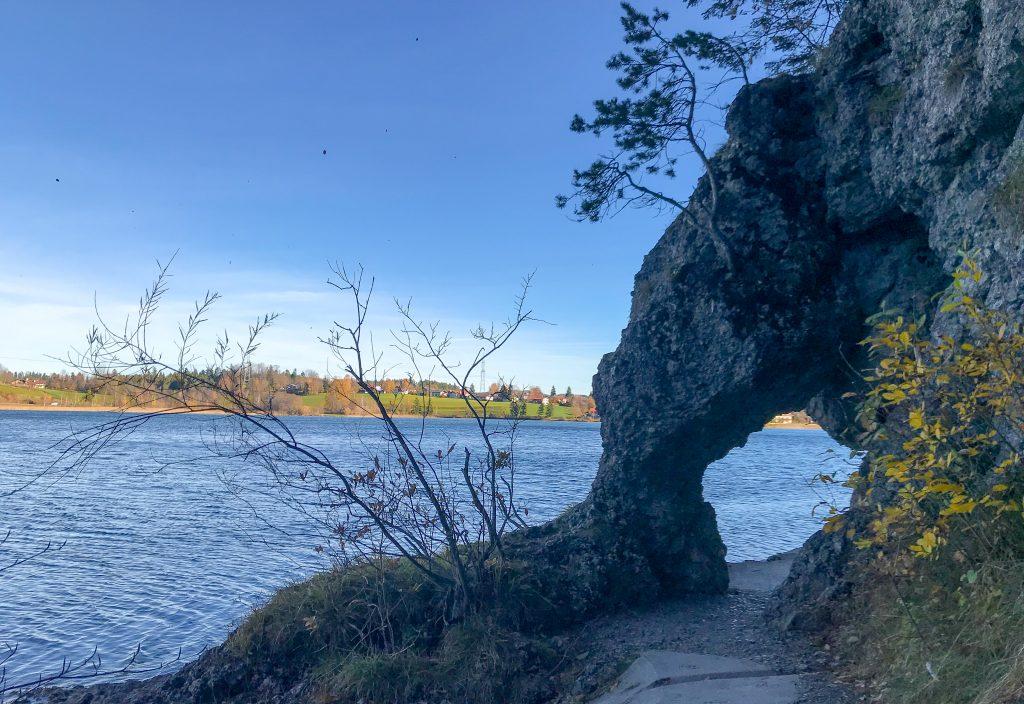 Felsenloch am Weißensee