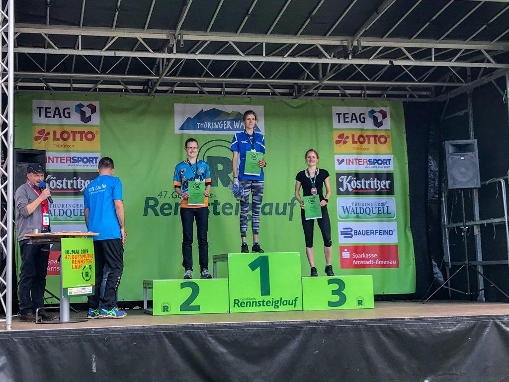 Siegerehrung beim Rennsteiglauf Halbmarathon