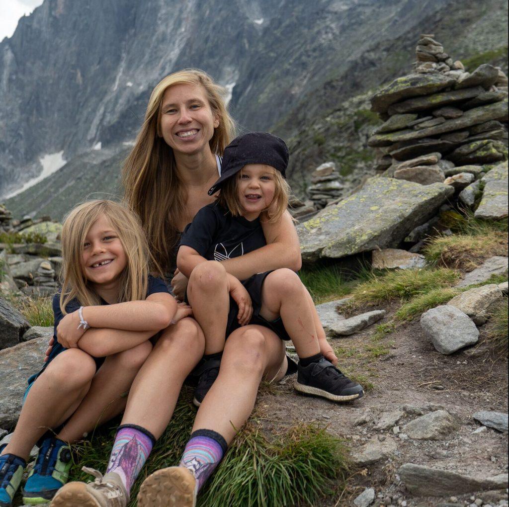 Krista Olson mit Tristan und Kai.