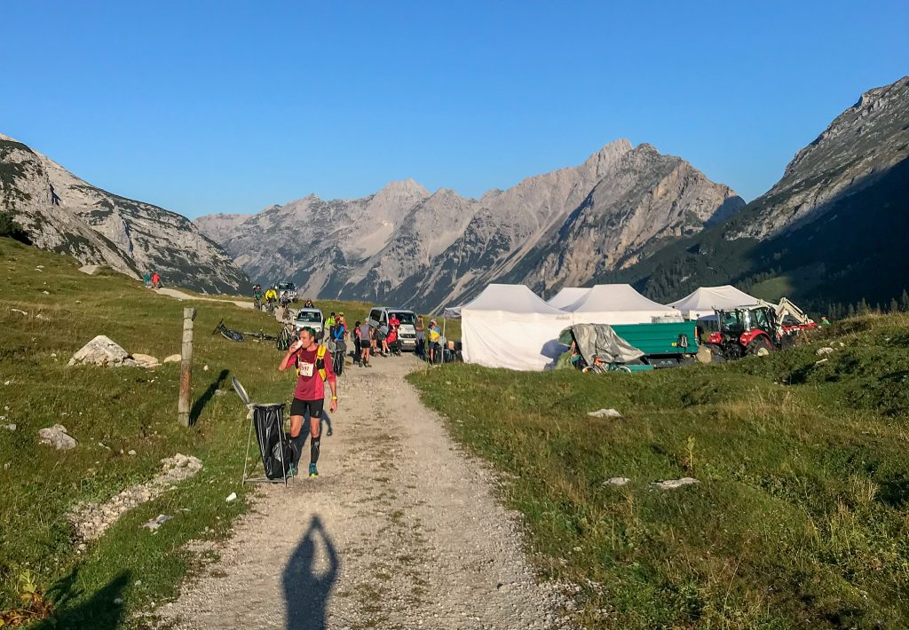 Verpflegungsstation am Karwendelhaus